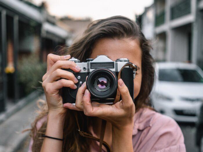 Fotós cégalapítás, fotós lány