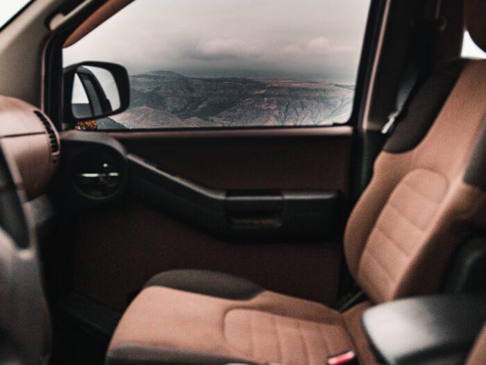 autó kárpittisztítás, autó belső ülése